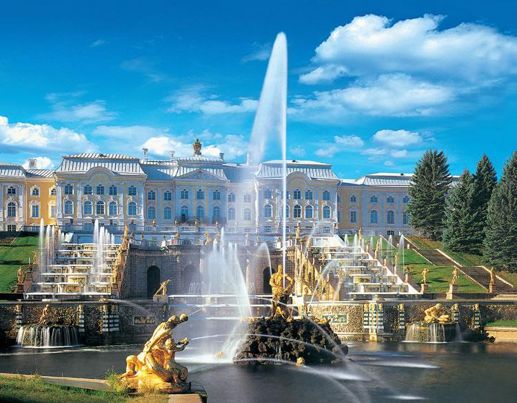 Праздник открытия фонтанов